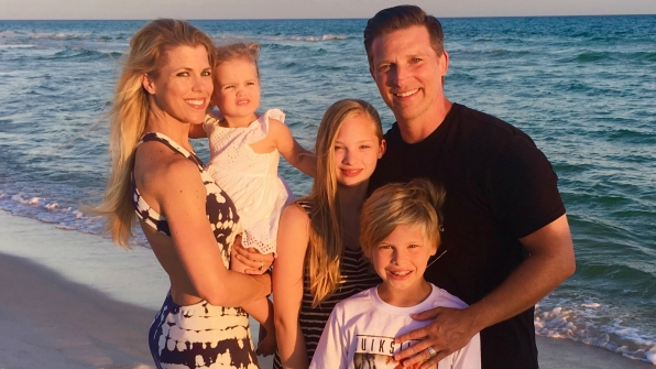 Steve Burton (Dylan McAvoy) and his family soaked up some rays in sunny Florida.