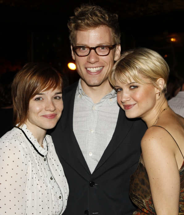 Renée Felice Smith, Barrett Foa and Sarah Jones