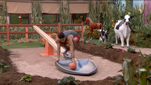 Cody competes in the HoH
