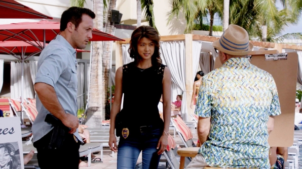 Alex O'Loughlin as Steve McGarrett and Grace Park as Kono Kalakaua