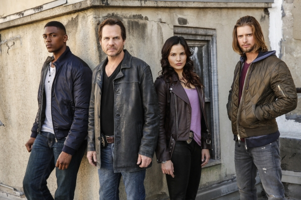 Justin Cornwell as Det. Kyle Craig, Bill Paxton as Det. Frank Rourke, Katrina Law as Rebecca Lee, and Drew Van Acker as Tommy Campbell