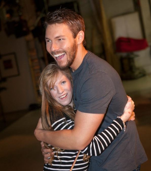 B&B's Scott Clifton hugs a very lucky fan.
