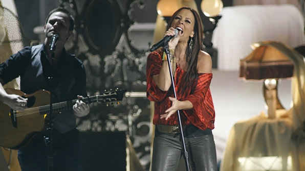 """23. Sara Evans performs """"A Little Bit Stronger"""" at the 47th ACM Awards in 2012."""