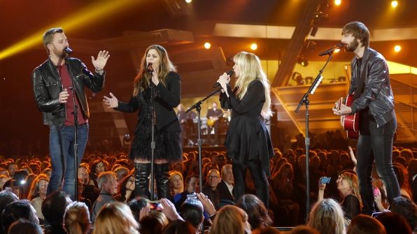 """5. Lady Antebellum and Stevie Nicks perform """"Golden"""" at the 49th ACM Awards in 2014."""