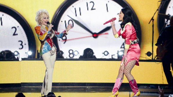"""12. Dolly Parton and Katy Perry perform """"Jolene"""" at the 51st ACM Awards in 2016."""