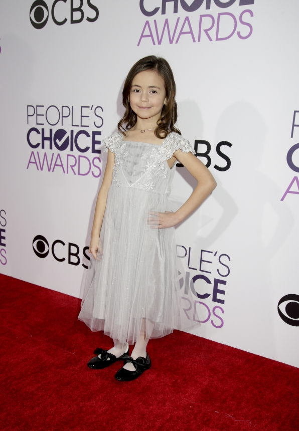 Hala Finley stood tall on the People's Choice Awards red carpet.