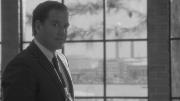 DiNozzo eyed the camera in the second phoof.