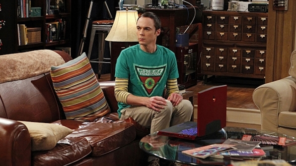 Sheldon Cooper's Green Arrow shield shirt from The Big Bang Theory
