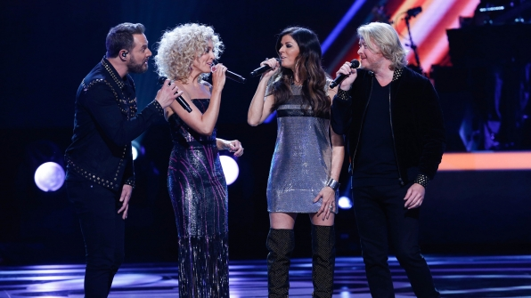 """Little Big Town performs """"How Deep Is Your Love"""""""