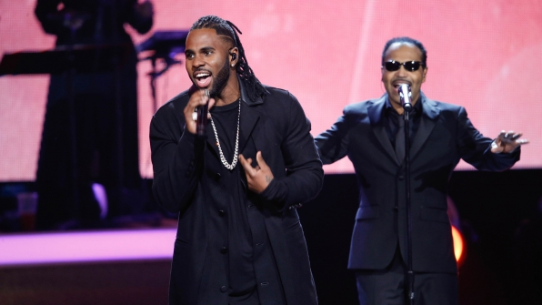 "Jason Derulo and Tavares perform ""More than a Woman"""
