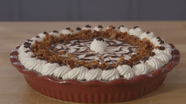chocolate peanut butter bacon pie