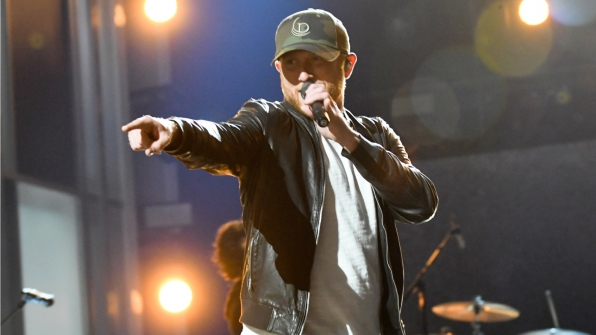 We'd just like to point out that we can't wait for Cole Swindell's performance.