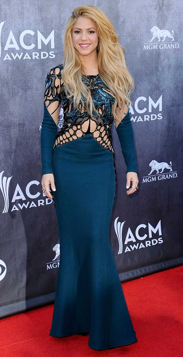 Shakira stole the limelight at the 49th Annual Academy Of Country Music Awards.
