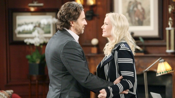 Brooke returns from Italy expecting for an update on Ridge's plan to rid Quinn from their lives.
