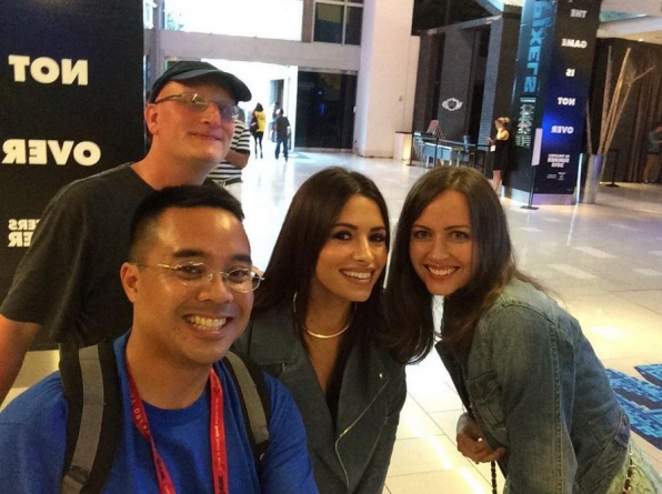 Sarah Shahi and Amy Acker make a fan's day!