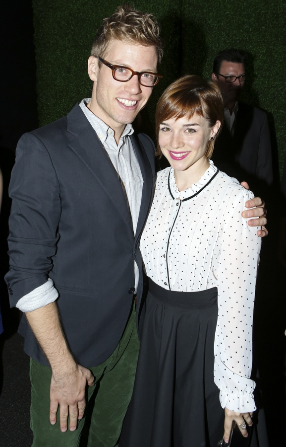 Barrett Foa and Renée Felice Smith