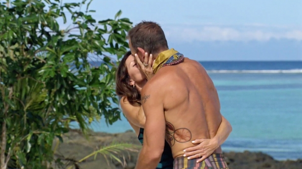 Season 34: Brad Culpepper plants a kiss on his wife.