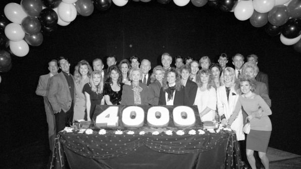 The Y&R cast marks 4,000 episodes in 1978.