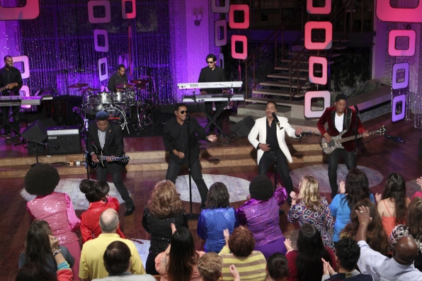 The Jacksons On THE TALK.