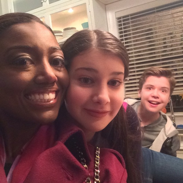 Madam Secretary Instagram: Patina: On set with the lovely @kathrineherzer - complete with an @evanroeofficial photobomb! #SetLife #SundaySelfie #MadamSecretarySunday