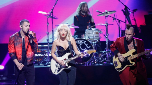 "DNCE performs ""Night Fever"""