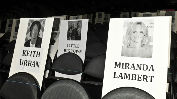 Wonder what legends Keith Urban and Miranda Lambert will talk about during the ceremony!