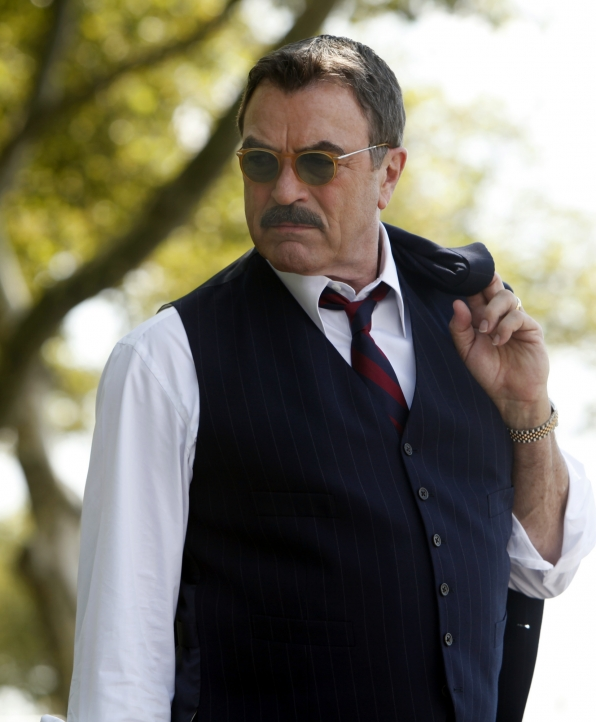 "4. Selleck made his Broadway debut in 2001 in ""A Thousand Clowns"""