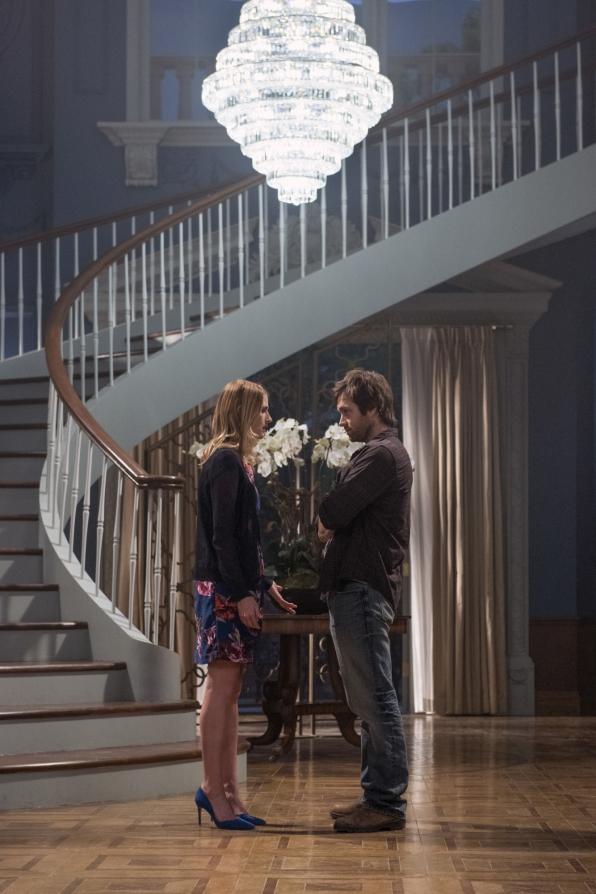 Tessa confides in Garrett.