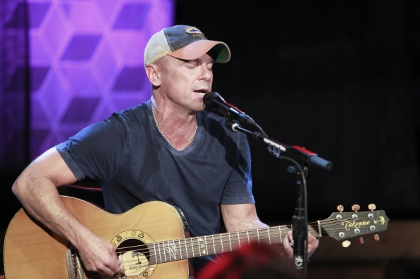 "8. Kenny Chesney Performs ""American Kids."""