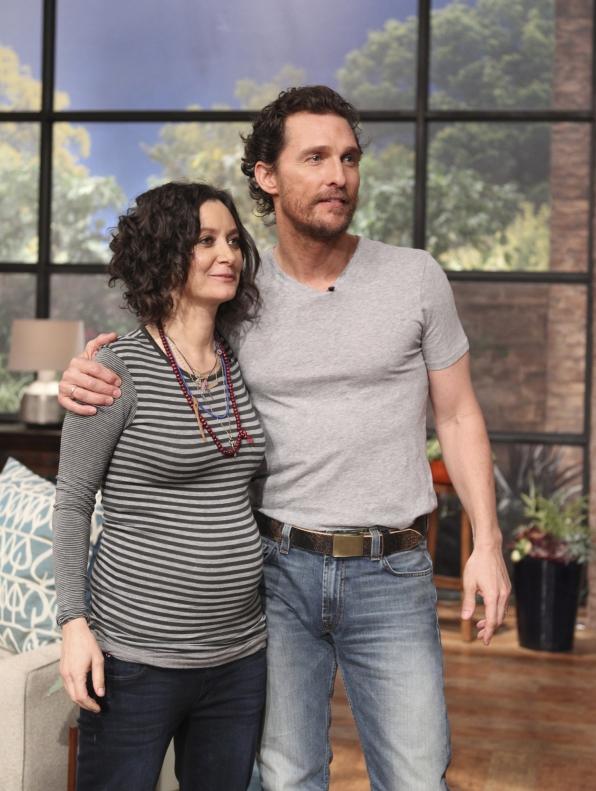 10. Her baby bump gets around!