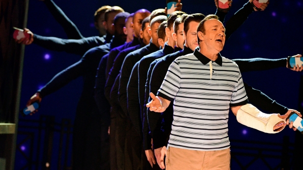 """Kevin Spacey opens the night with """"Broadway Bound"""""""