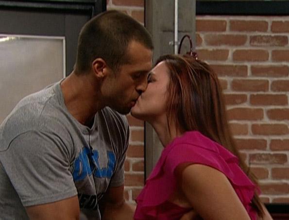 Brendon and Rachel Kiss Goodbye