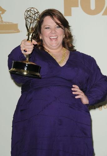 Melissa McCarthy Wins a 2011 Emmy