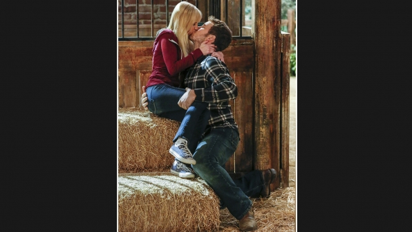 Hay, now! That's one romantic kiss!