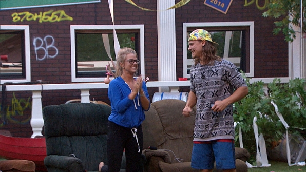 And she catches the eye of Hayden, beginning an undercover showmance.