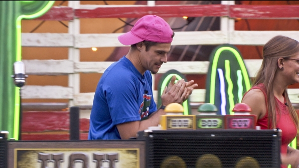 Zach wins HoH