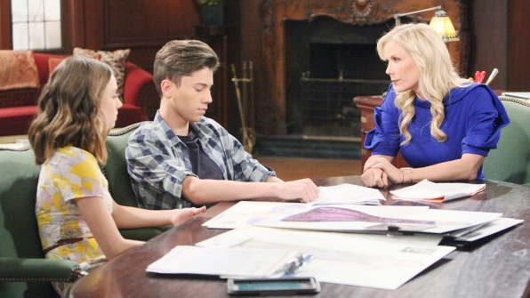 Brooke reprimands RJ and Coco about the dangers of distracted driving.
