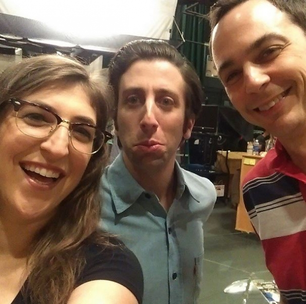 1. Mayim Bialik, Simon Helberg & Jim Parsons - The Big Bang Theory