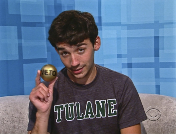 Ian Wins the Veto Ball