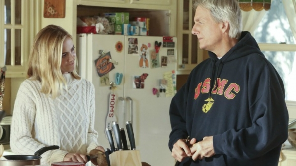 Emily Wickersham as Ellie Bishop and Mark Harmon as Leroy Jethro Gibbs