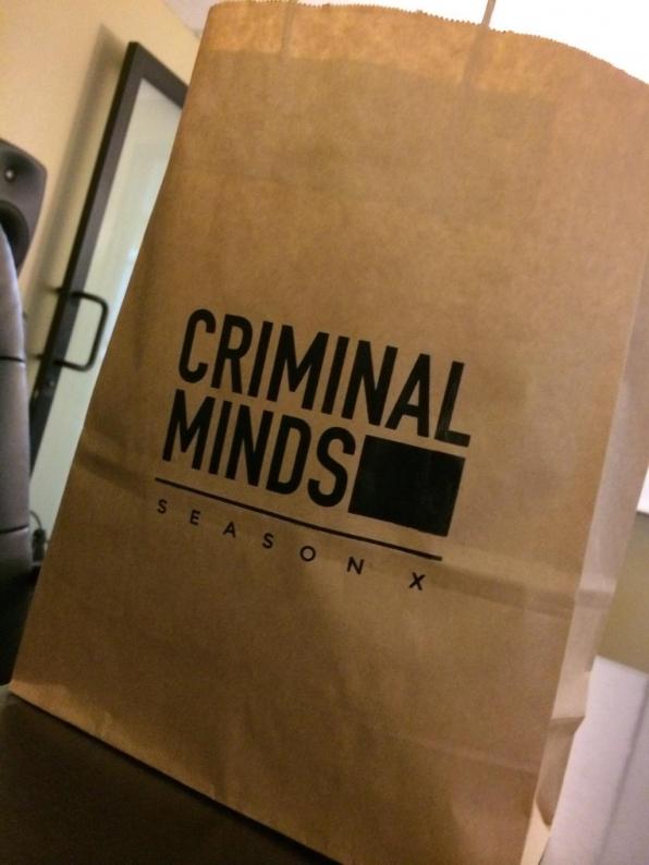 Twitter @CM_SetReport: Stolen Without Any Guilt. #CriminalMinds #swagbag #seasonX