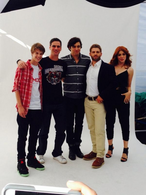 12. The Cast of Under the Dome on a Boat. Yaaaasss!!