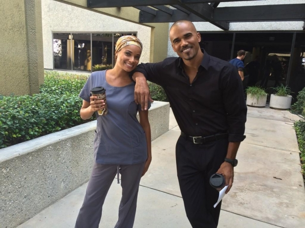 "Twitter @CM_SetReport: Fun in the sun w/ @shemarmoore & @rochelleaytes on the set of #CriminalMinds 10x07 ""Hashtag""."