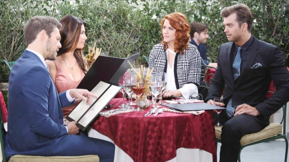 Thomas attempts to play mediator between a quarreling Steffy and Sally over lunch.