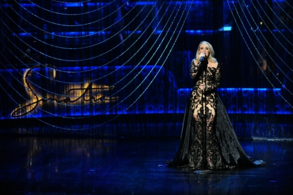 9. Carrie Underwood dazzles under the spotlight.