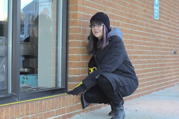 Catherine Measuring Window Frame