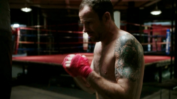 5. Elementary writers found a way to incorporate Jonny Lee Miller's tattoos into Sherlock's story