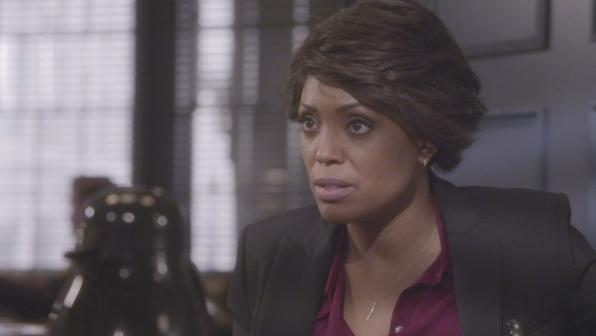 Tara analyzes the killer's habits.