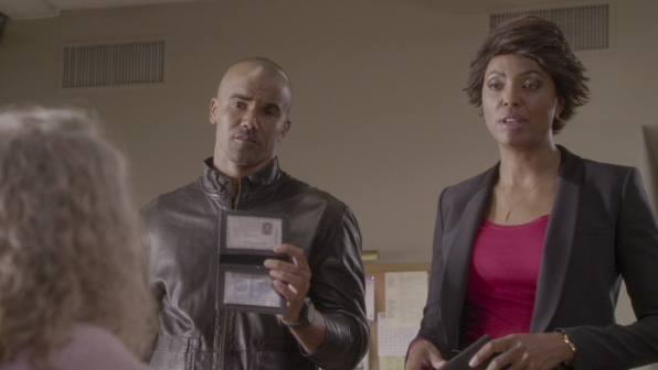 Derek and Tara investigate the case.
