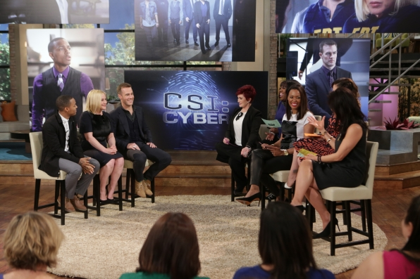 "4. The Cast Of ""CSI: Cyber"" Stopped By!"